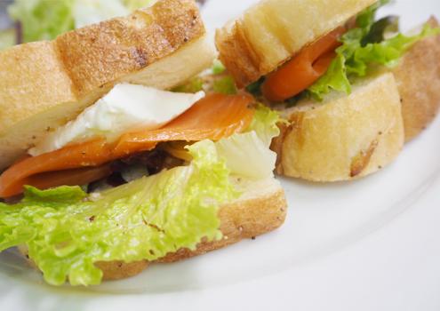 自家製パンのサンドランチ 780円